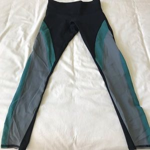 NOLI leggings /low rise Size Small